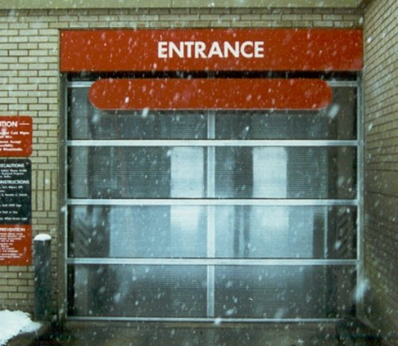 Entrance to car wash bay.